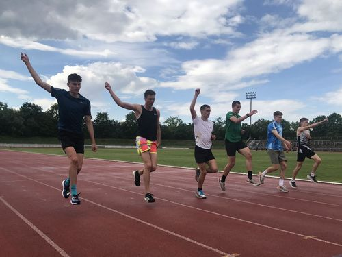 Tageslehrgänge ziehen Läufer nach Stuttgart
