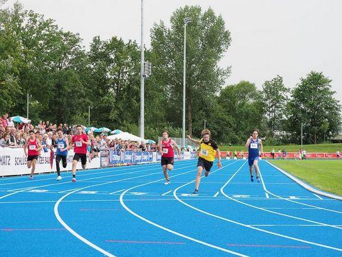 """""""Blue Sky – Blue Track"""" – Das Leichtathletik-Meeting der SG Schorndorf"""